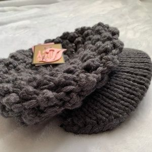 NWT Juicy Couture Knit Newsboy Hat